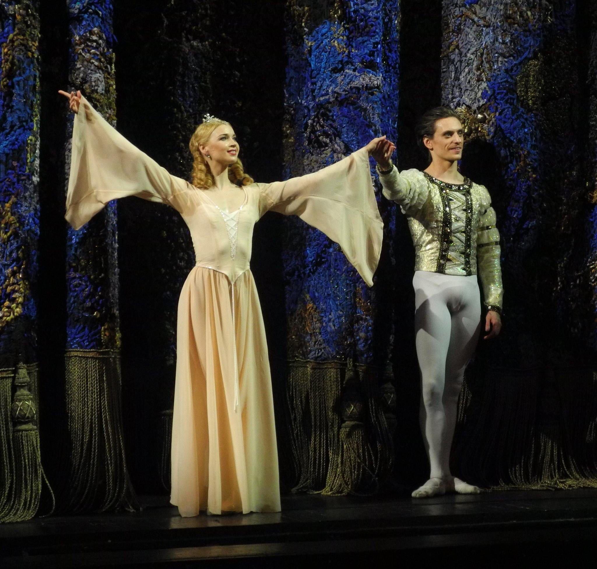 Sergei Polunin And Natalia Somova Swan Lake Curtain Call 21 04