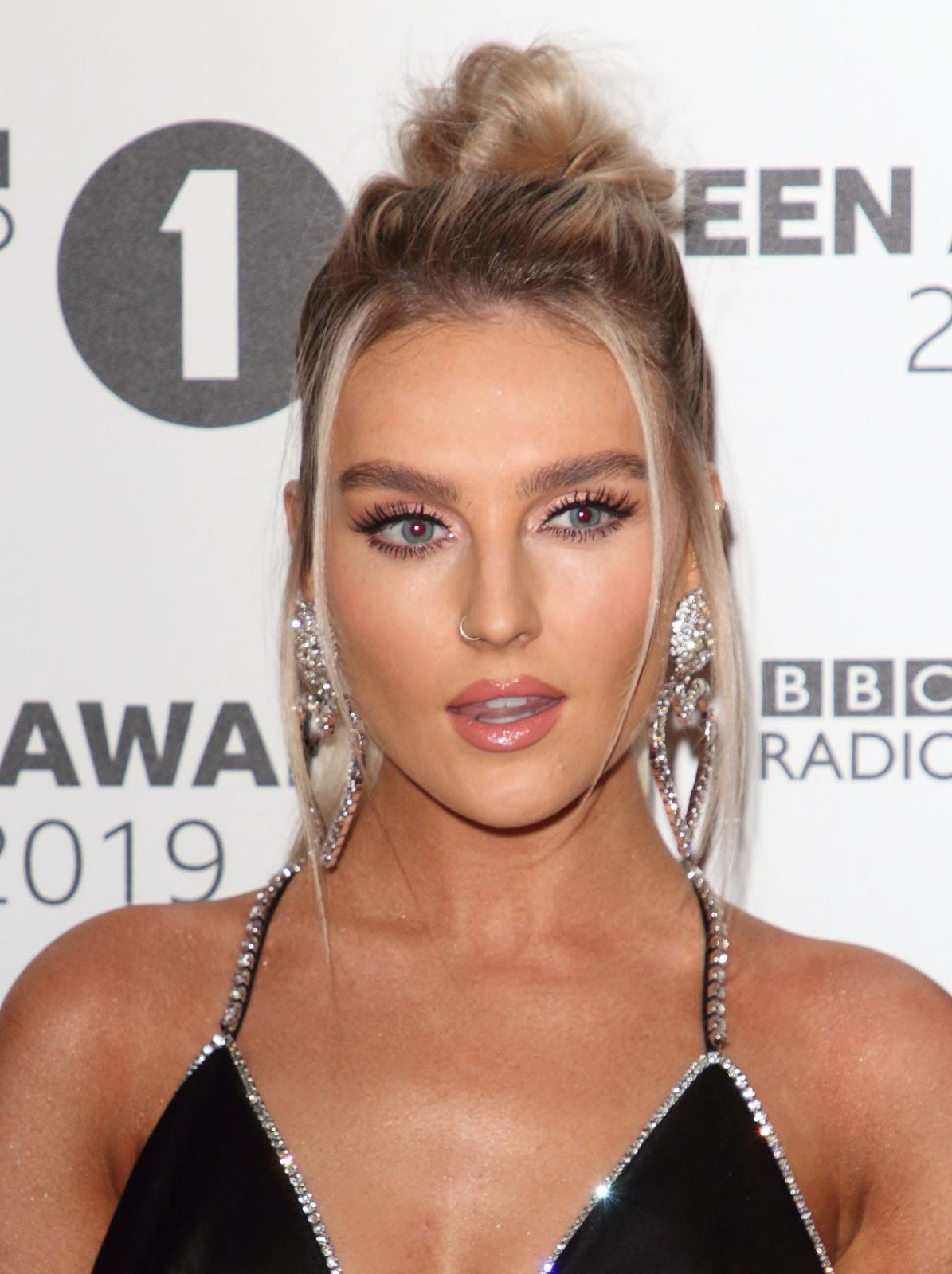 Perrie Edwards Evening Standard Theatre Awards 2019 in