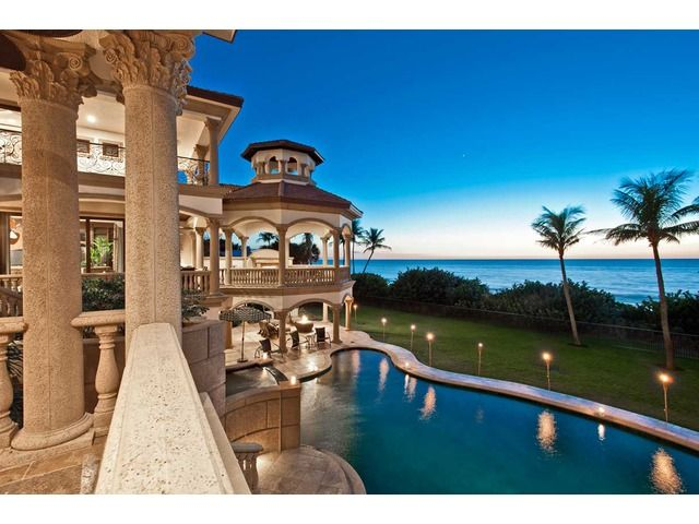 This Naples, FL Home Was Appointed By Ocean Magazine As One Of The Top 25