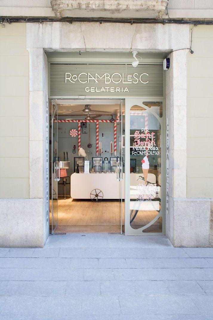 Een van de vele mooie winkels in Girona