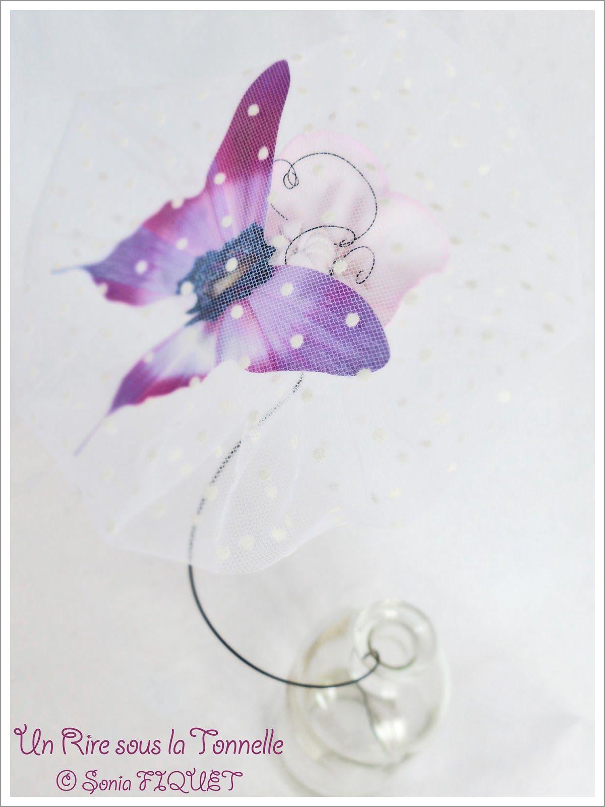 Création en fil de fer par Un Rire sous la Tonnelle © Sonia FIQUET Fleur en fil de fer
