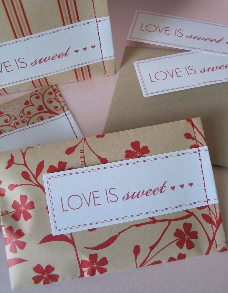 Love is sweet labels - free download