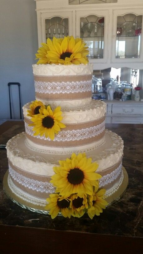 rustic wedding cakes with sunflowers sunflower wedding pinteres 19574