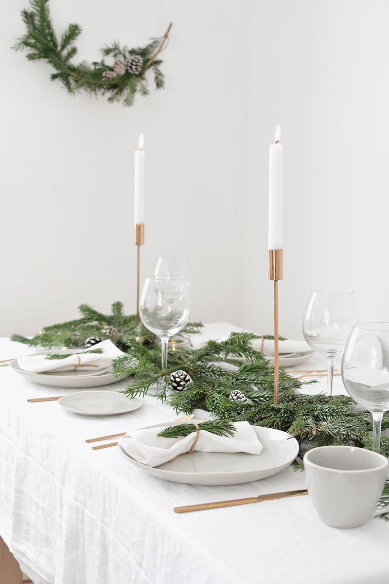 How To Create A Modern Christmas Tablescape Minimalist Christmas Natural Christmas Decor Modern Christmas