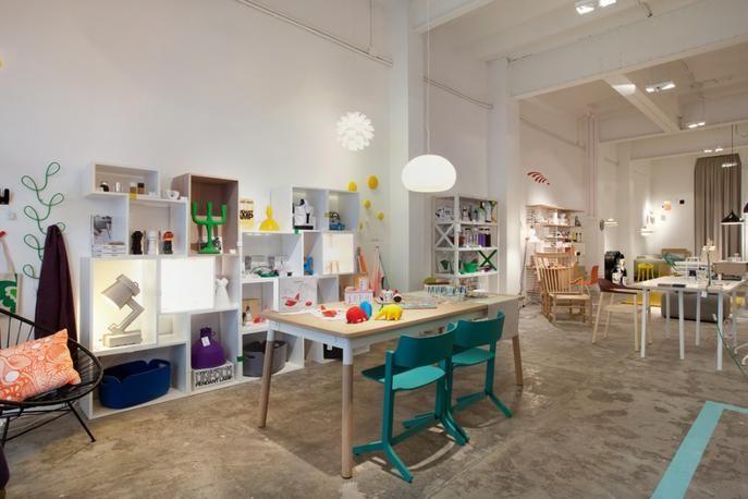 Shopikon Discover Local Shopping Shop Interior Home Shopping In Barcelona