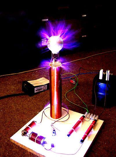 Nikola Tesla Un Gran Inventor Bobina De Tesla Proyectos De Fisica Experimentos Para Feria Cientifica