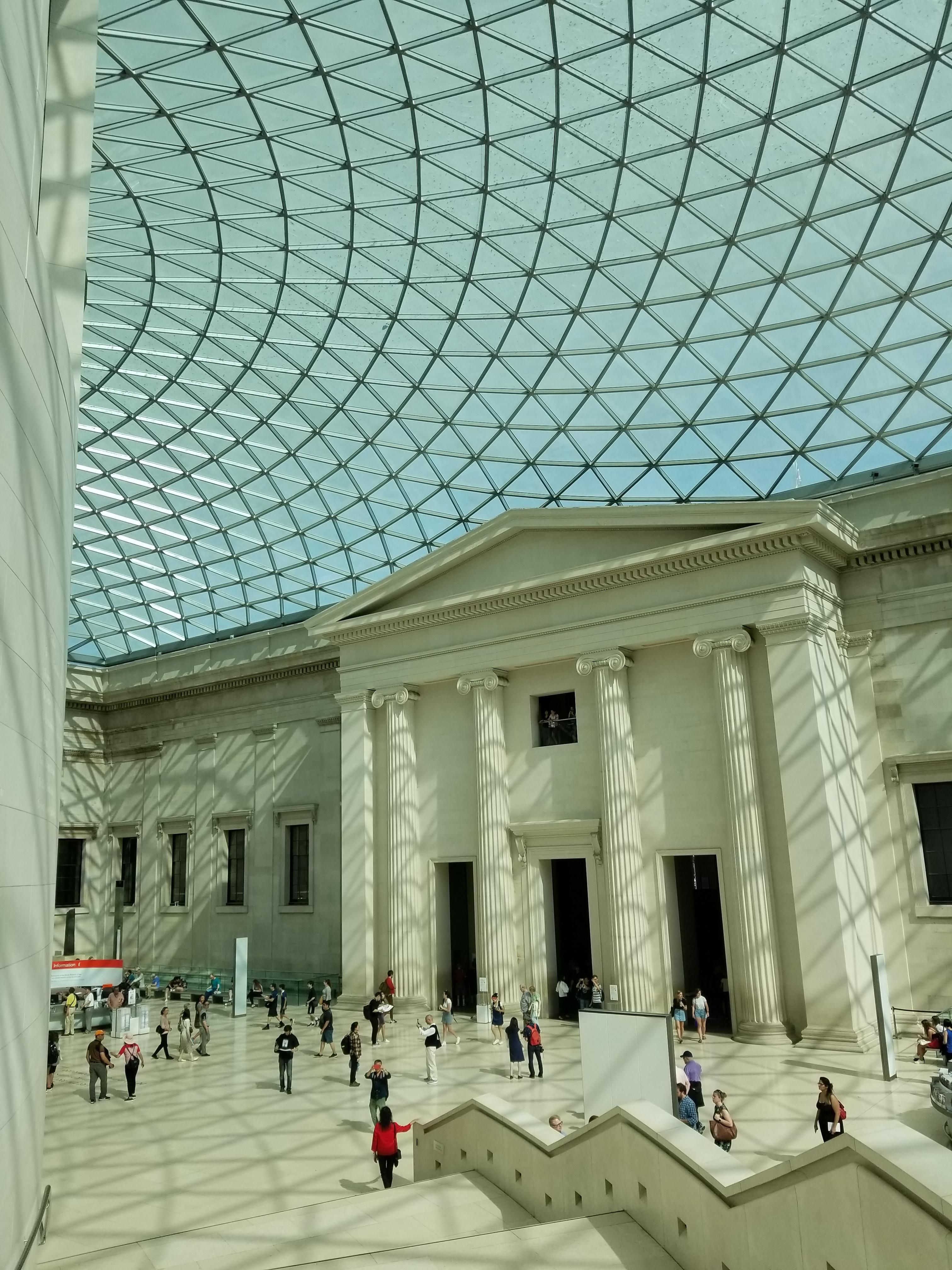 Inside Of The British Museum It S Oddly Satisfying The Way The Ceiling Creates All These Lines 4032x3024 Oc British Museum Architecture London England