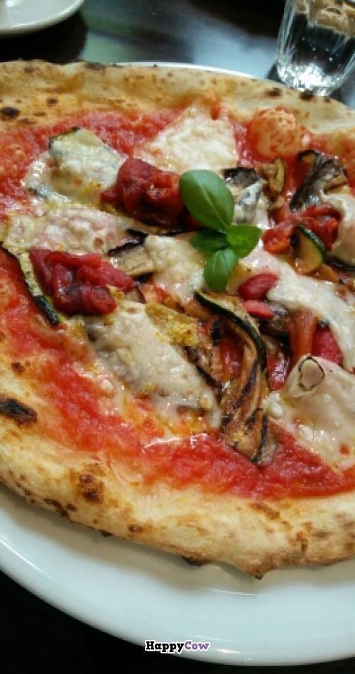 Reviews of vegan restaurant La Stella Nera in Berlin, Germany - vegane küche berlin