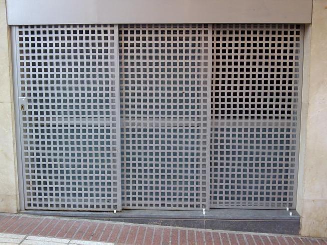 Talleres maba otros modelos de puertas puertas for Puerta corredera de taller
