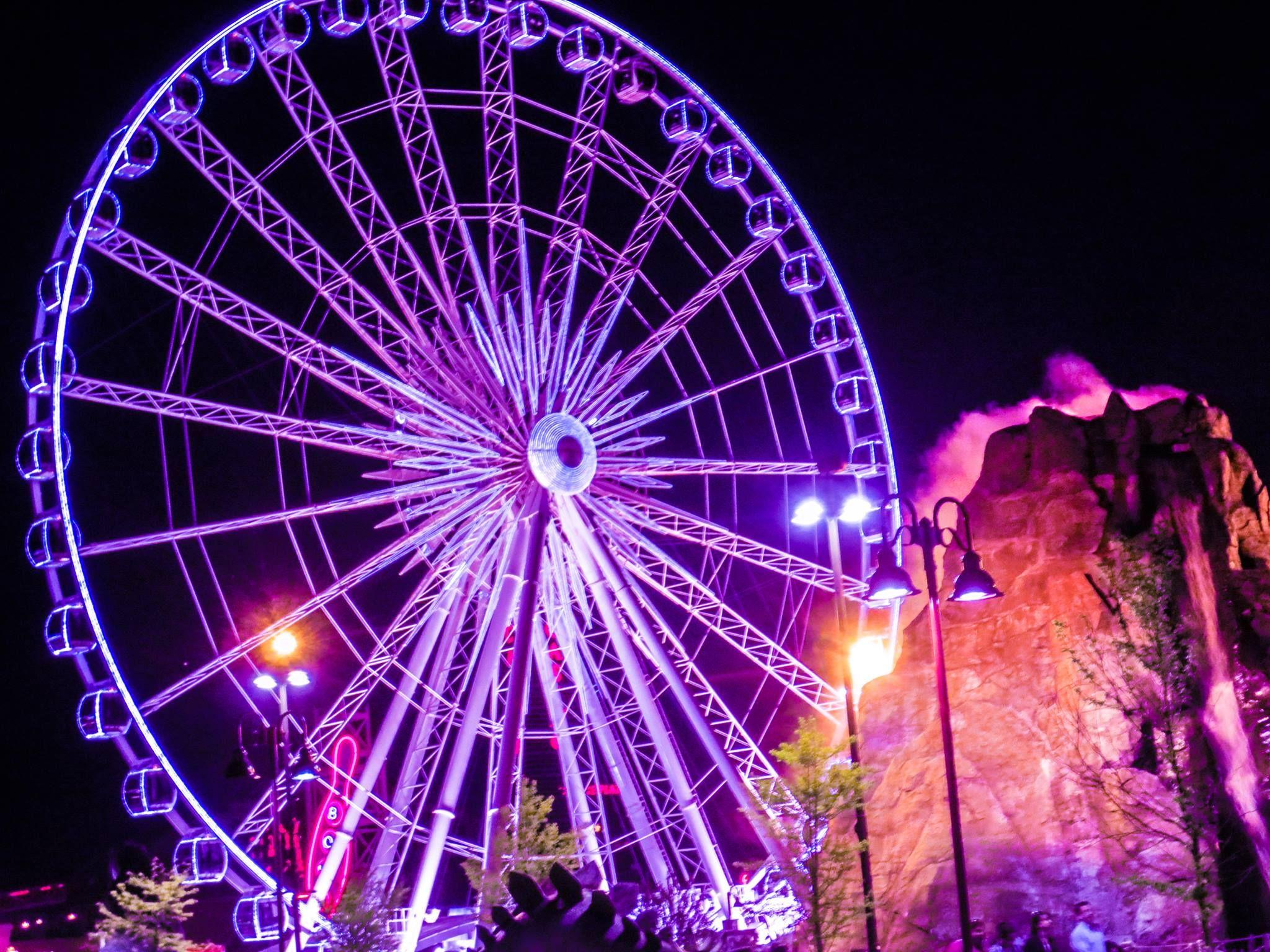 Niagara Skywheel At Night In Niagara Falls Gorgeous