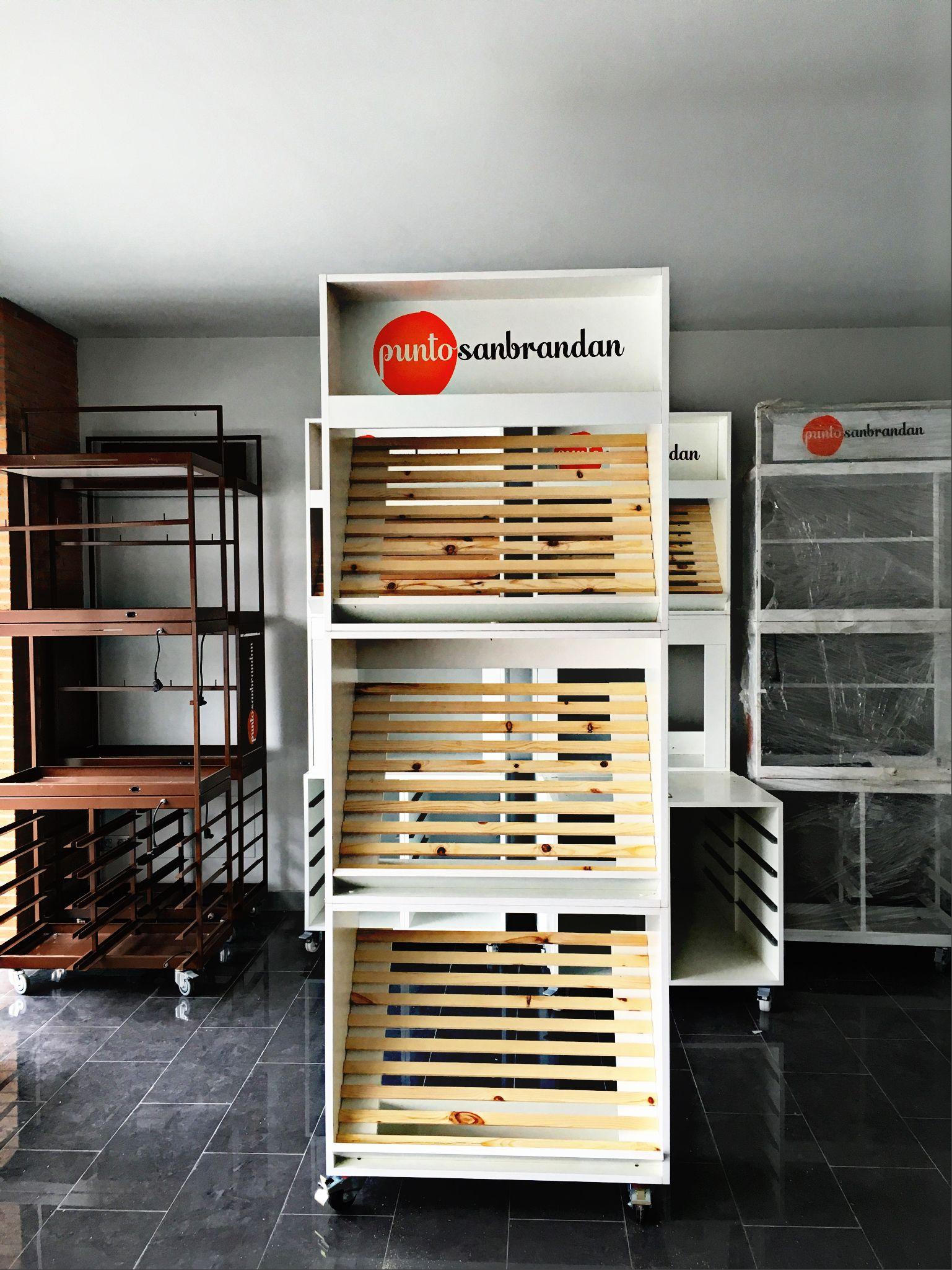 Dise O Y Construcci N De Mueble Expositor Con M Dulos Para Venta  # Muebles Hermanos Mora