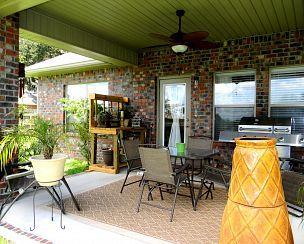 Outdoor space (patio)