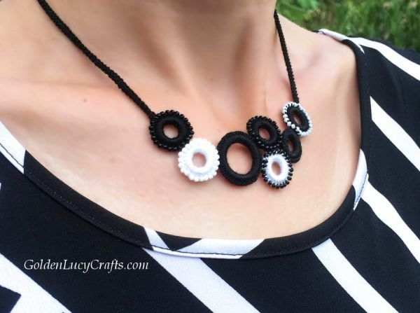 Photo of Crochet Necklace, Beaded Ring Necklace – GoldenLucyCrafts