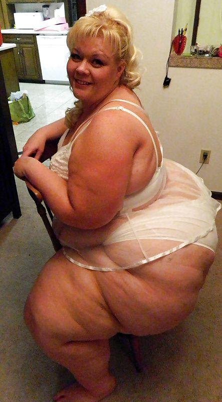 Black girl naked body