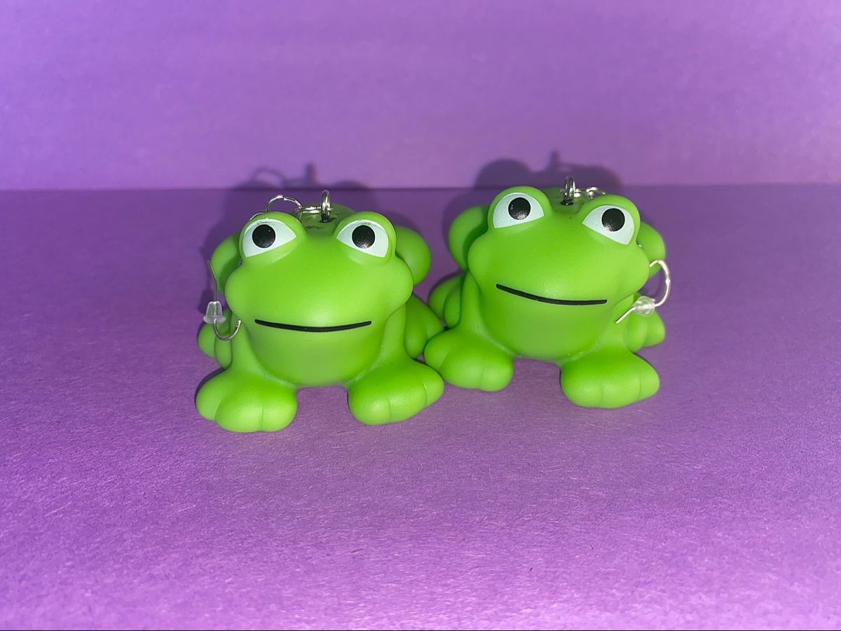 Pin by charis on sapphic earring in 2020 Cute frogs