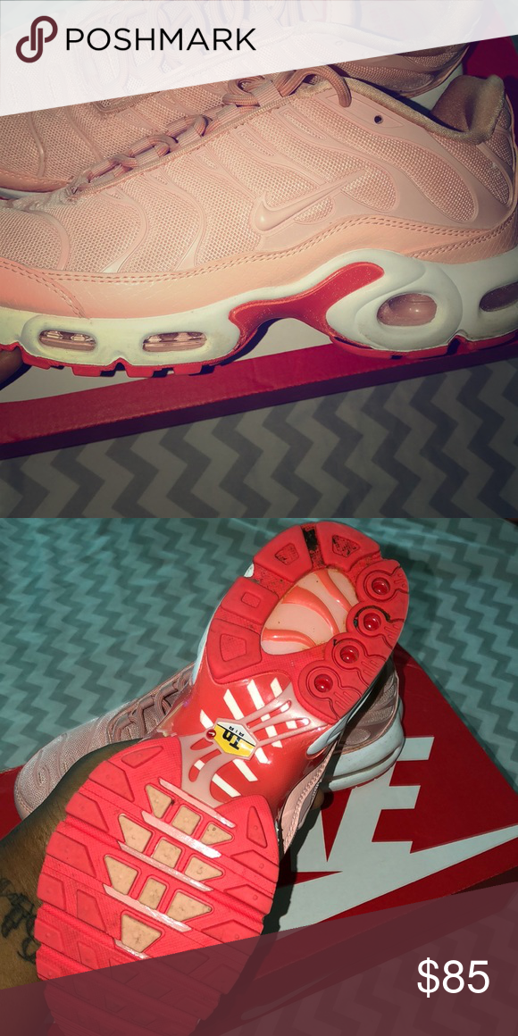 3b1579c461 Women's Nike air max plus se Gently worn Size 7 US Coral stardust Nike air  max plus . Size 7 US . Gently worn Nike Shoes Athletic Shoes