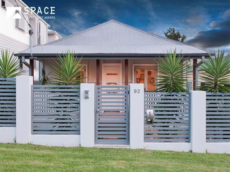 horizontal wrought iron fencing | Outdoor Spaces and Ideas ...
