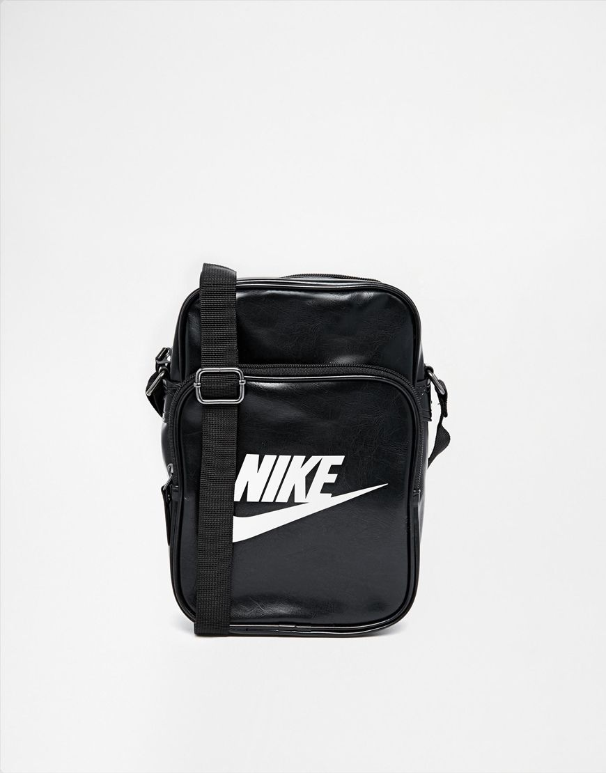 b19ab4bef471 Nike Heritage Flight Bag BA4270-019