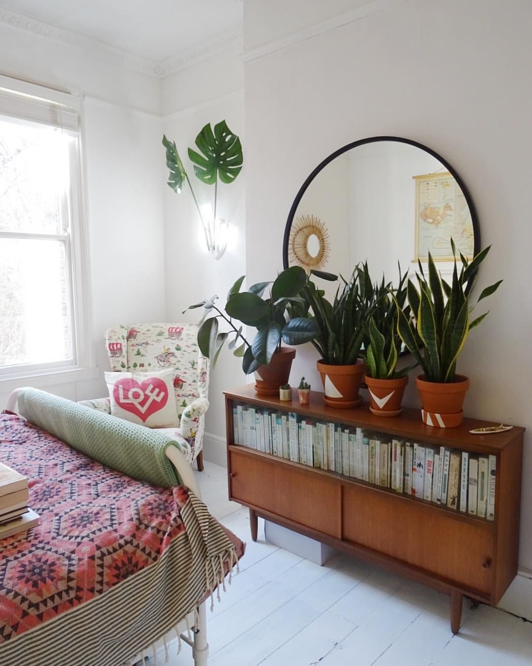 Bohemian Bedroom With Plants #jungalow Add Books To Your