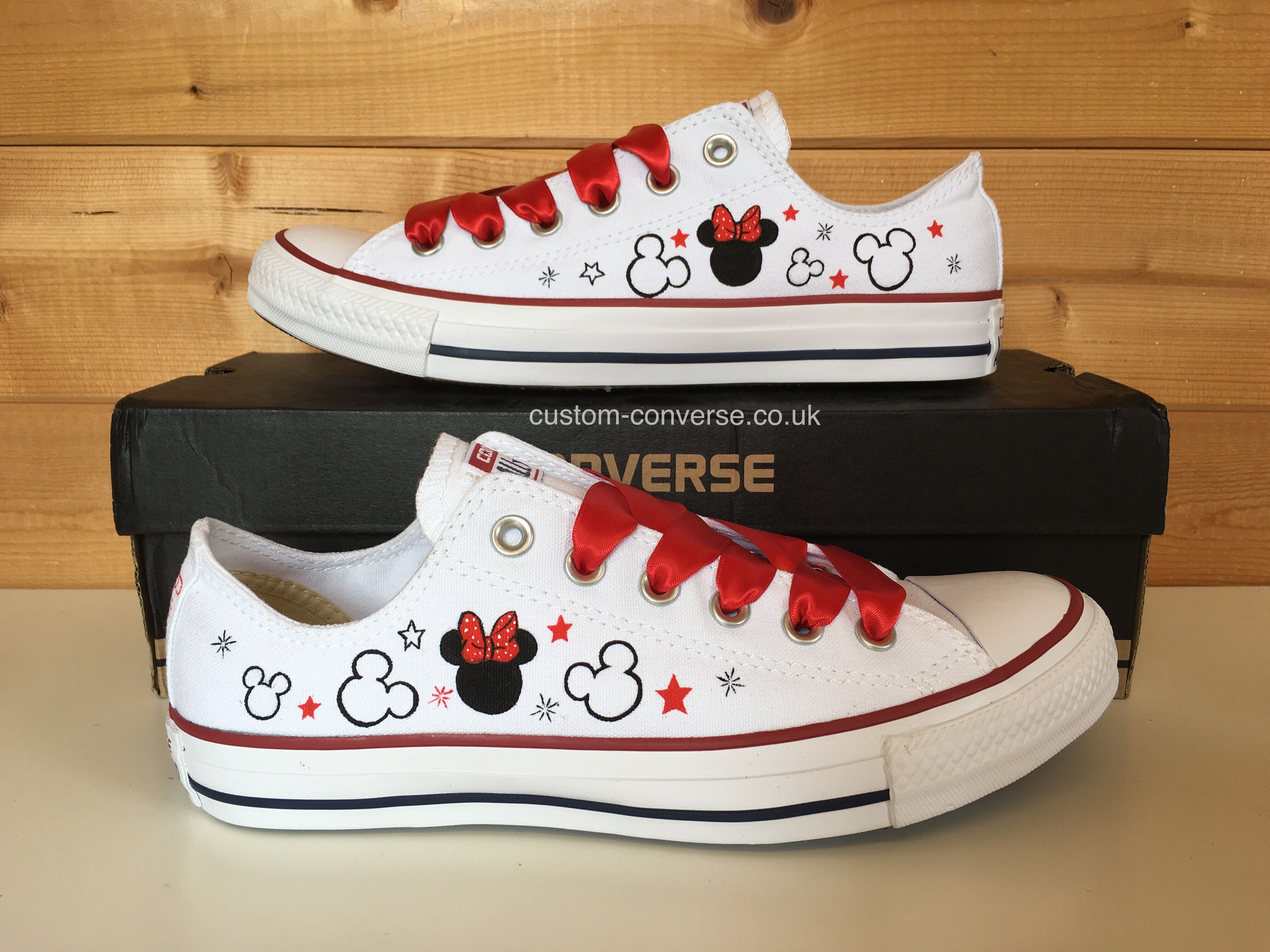 014d5a964b55 Minnie Mouse Low Top Converse  minniemouse  minnie  disney  customconverse   converse