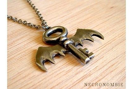 Key to My Heart Neclace By Necronombie. Silver pewter pendant on 18