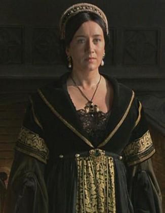 The Spanish Princess- Joyas y vestuario 537fe15fd44916938e0803e5a918d6c5