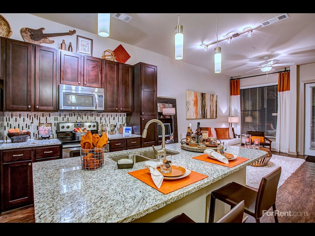 1505 Demonbreun Apartments For Rent in Nashville, TN