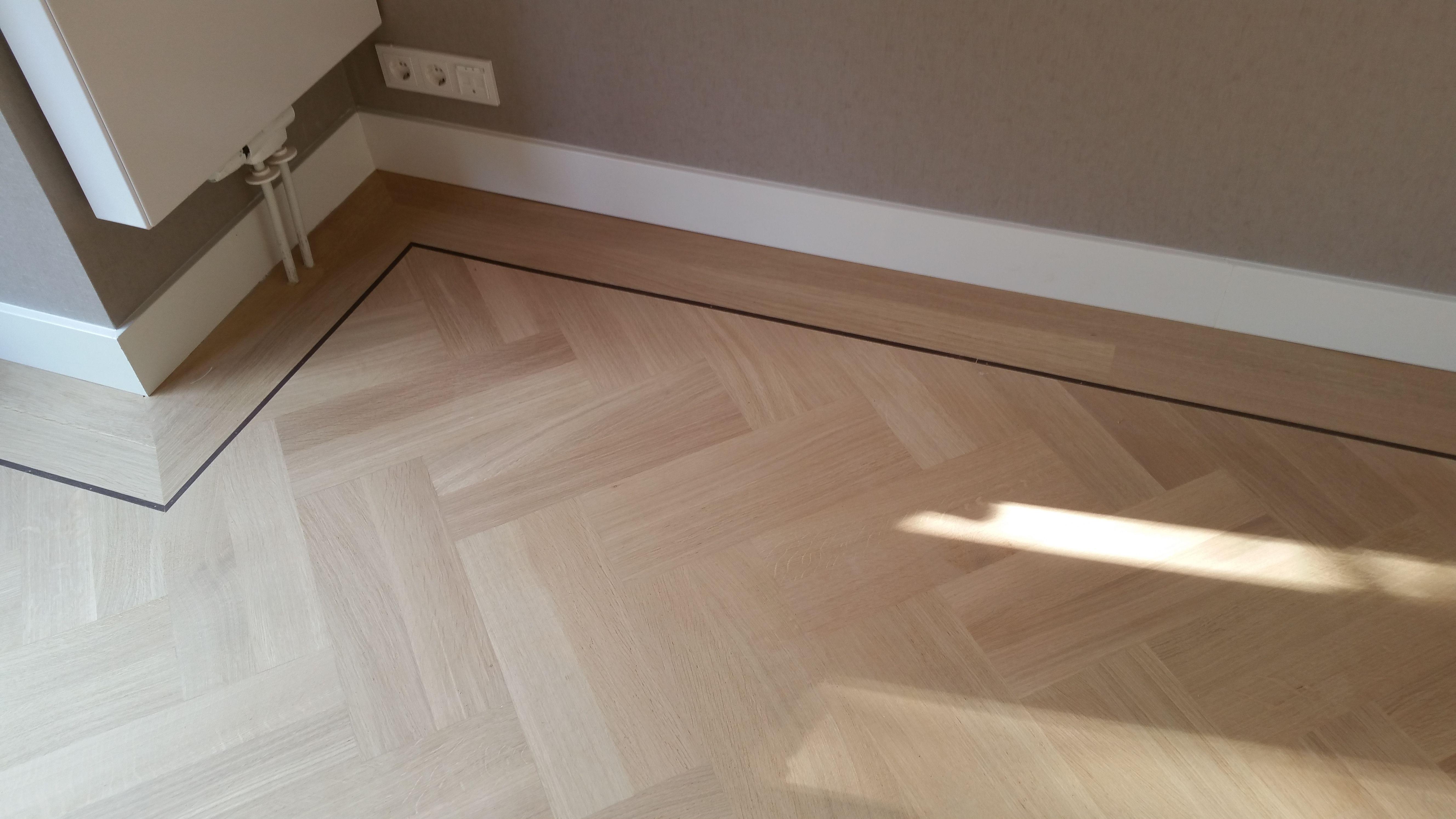 Moderne Visgraat Vloer : Eiken visgraat vloer afwerking tover essenza interior dreams
