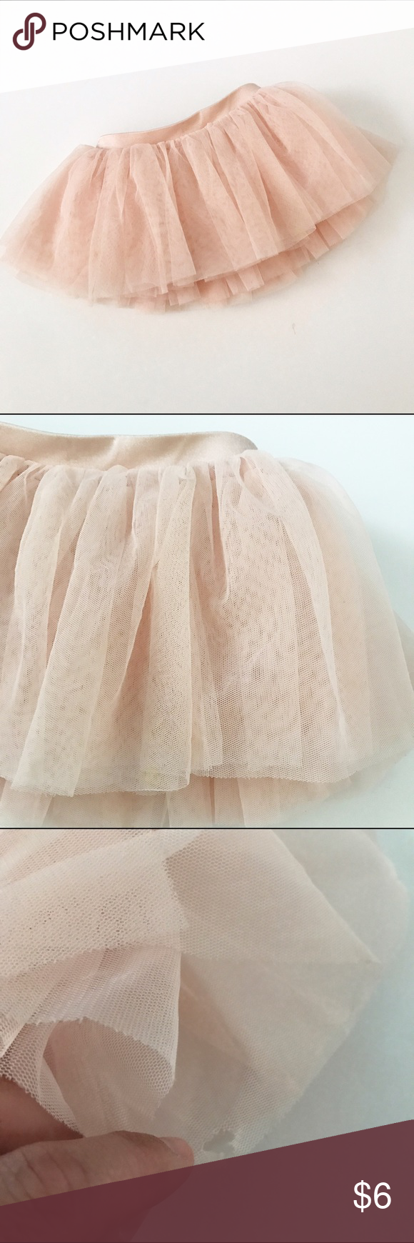🎉SOLD🎉Bloch pink ballet Tutu Gently used in overall good condition, but does have a little tear in the back as shown. Could easily be cut and not noticeable. Size 2/4 years. Bloch Bottoms Skirts