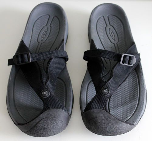 911686374071  40.00 Keen Waimea H2 Mens Flip Flop Sandals Size 13 Black Adjustable Strap