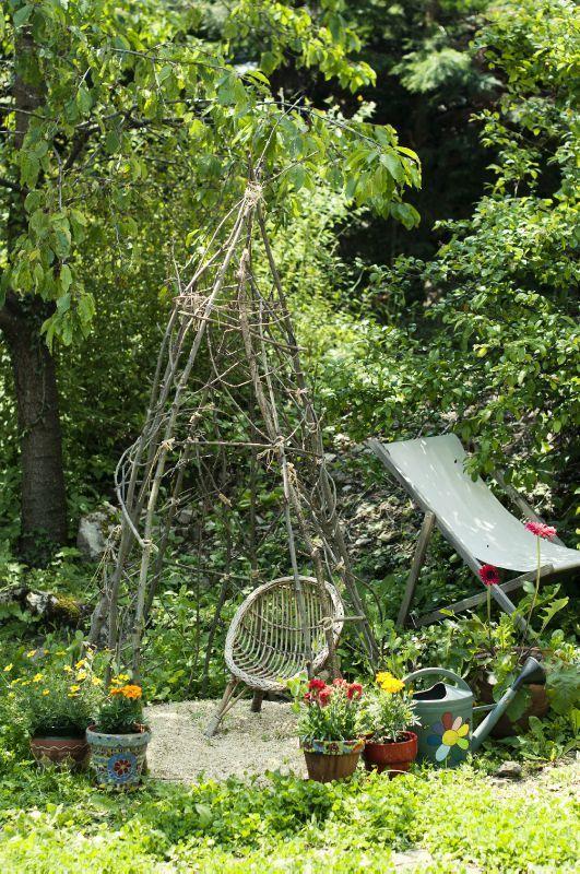 tuto la cabane petits pois ou tipi haricot jardin pinterest tipi and gardens. Black Bedroom Furniture Sets. Home Design Ideas