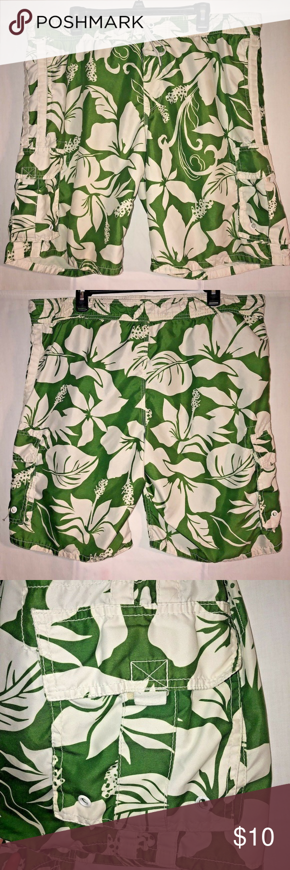 2324b0c8ff Old Navy Men Board Shorts Large Swim Trunks Lined Great condition Old Navy  Men's Board Shorts/Swim Trunks, size Large. Green with white floral pattern.