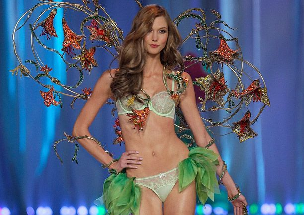 karlie-kloss-vs-show-hair-612.jpg (612×432)