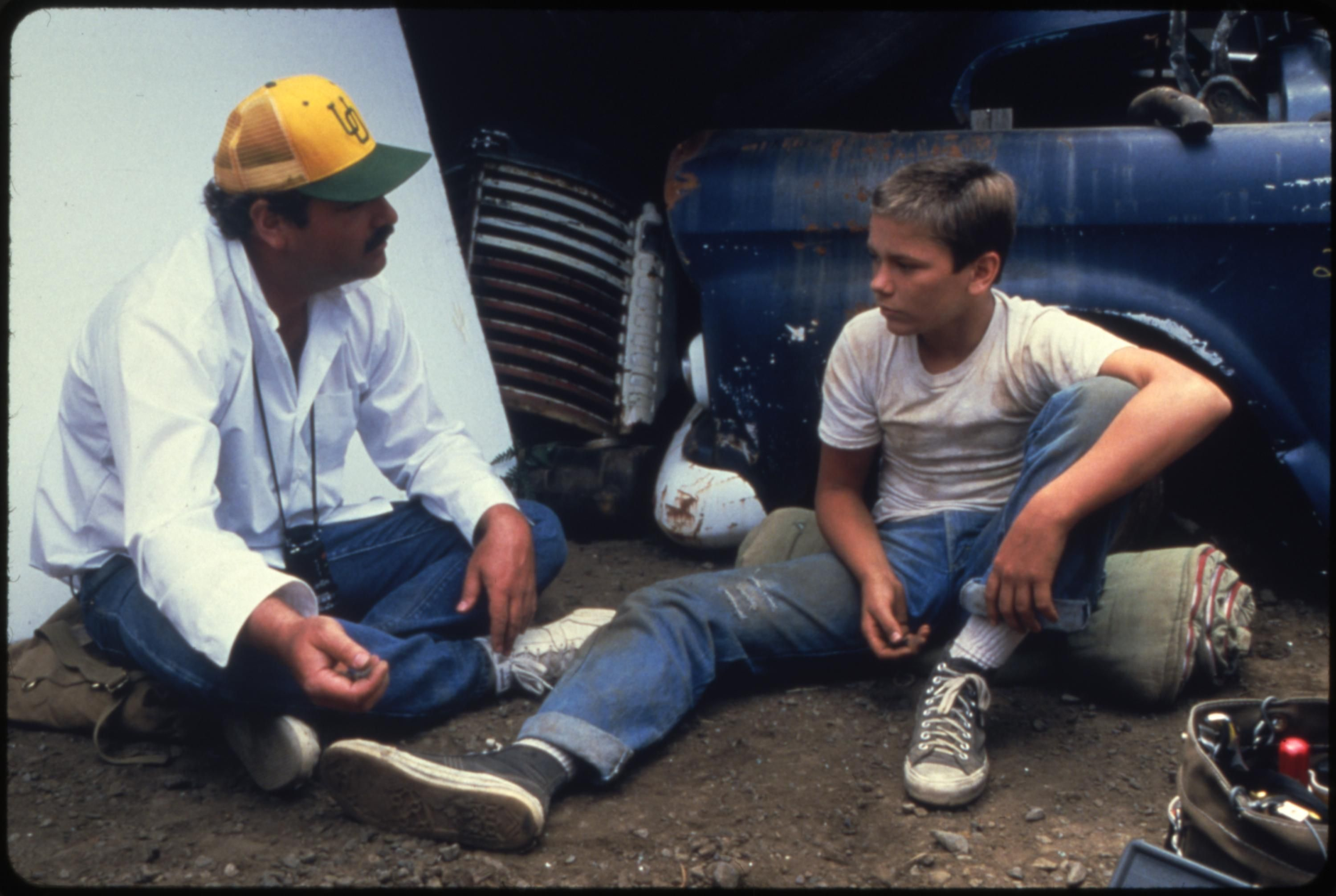River Phoenix behind the scenes of Stand by Me (1986