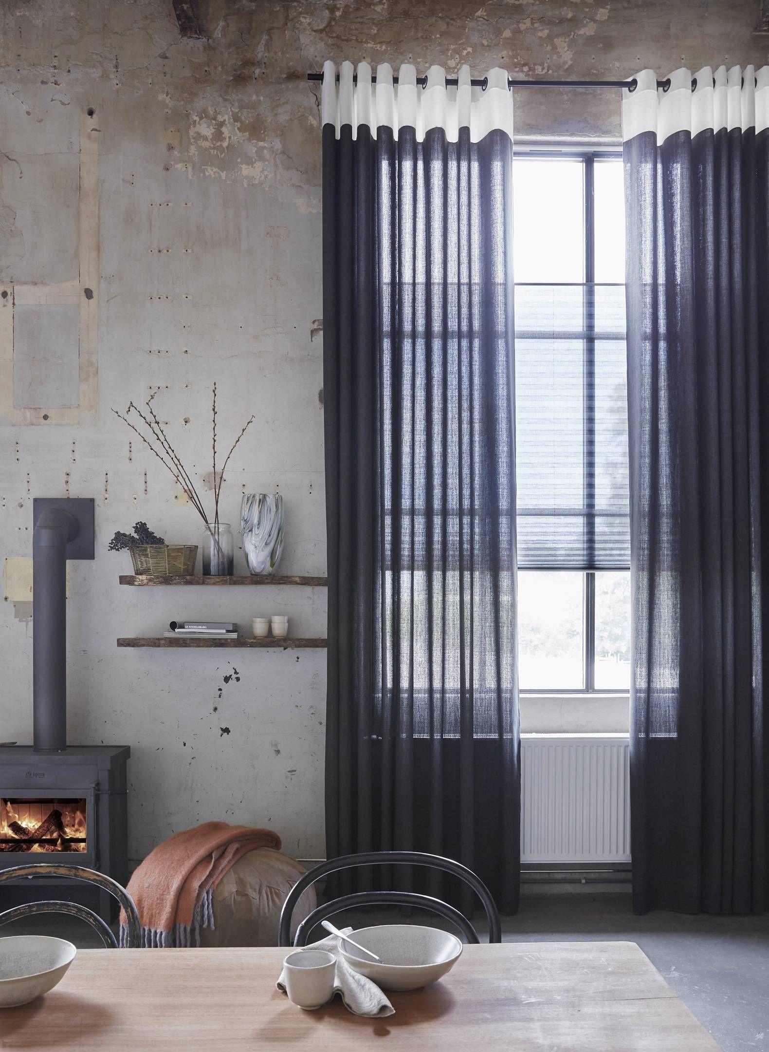 Gordijninspiratie Voor Een Industrieel Interieur A House Of Happiness Gordijnen Industriele Woonkamers Raamdecoratie