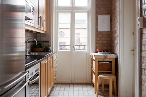 I love exposed bricks in the kitchen! / bo-laget - BLOG ARREDAMENTO