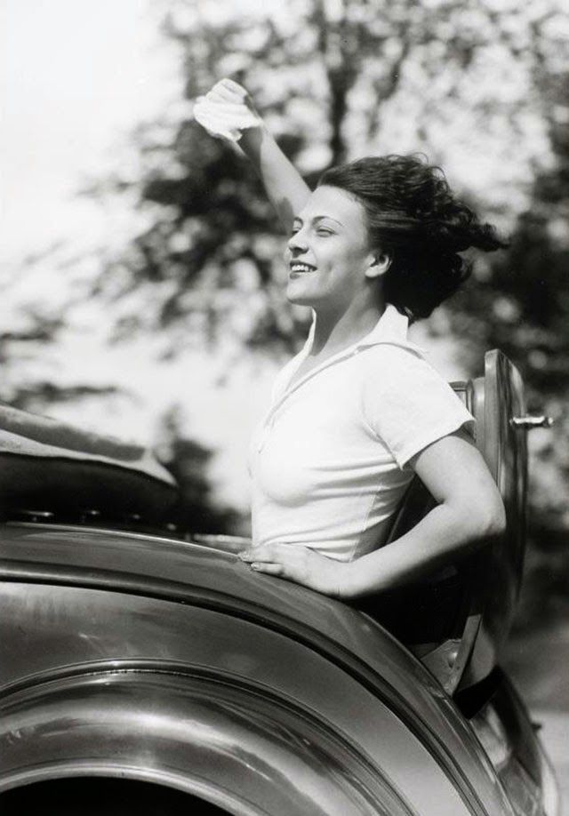 Vintage everyday 50 amazing black and white photographs of the world in the