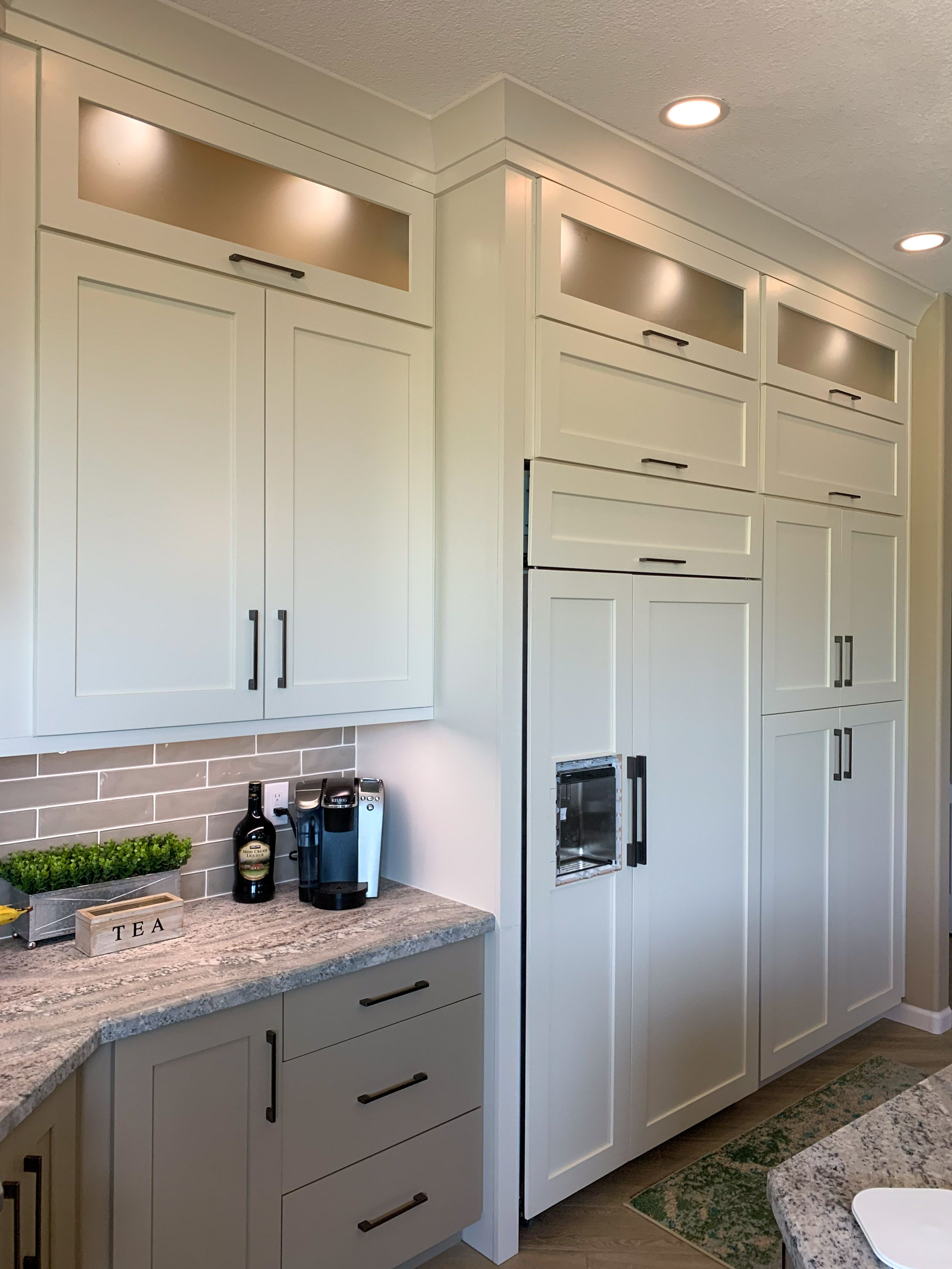 30++ Tall shaker kitchen cabinets model