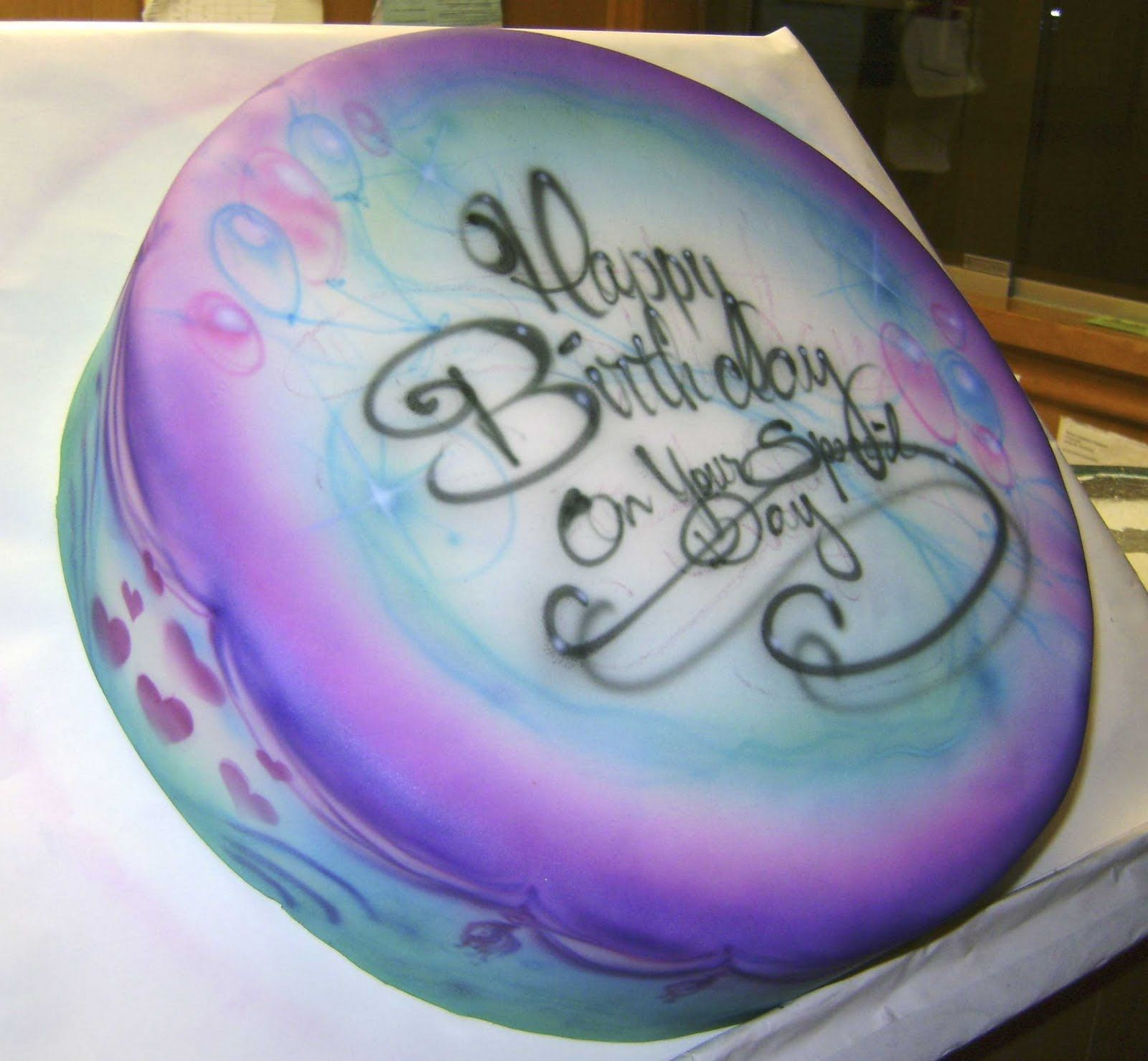 Airbrushed cakes airbrushed bakery birthday cakes1 for Airbrush cake decoration