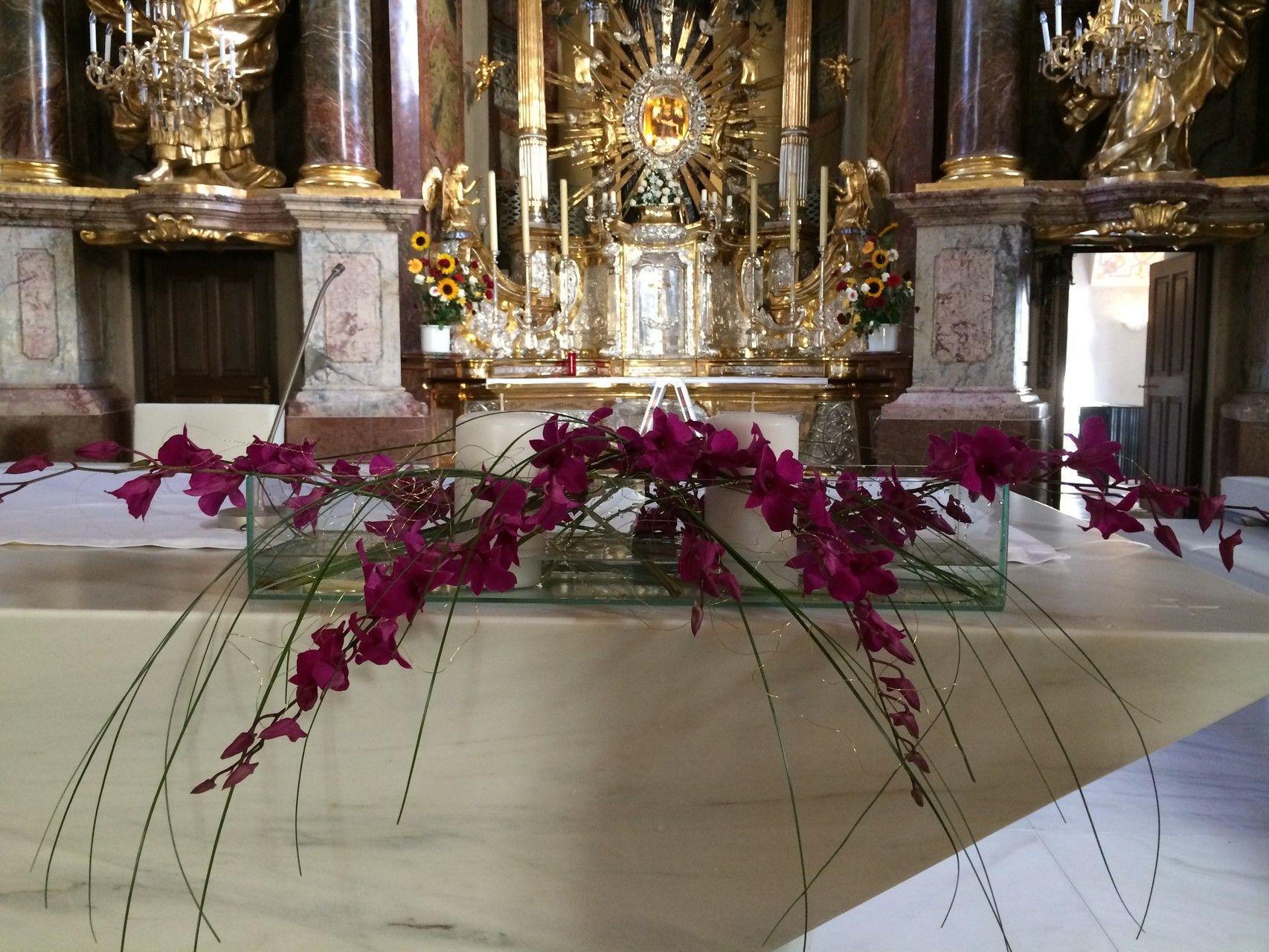 Ausgefallenes Altargesteck Konfirmation