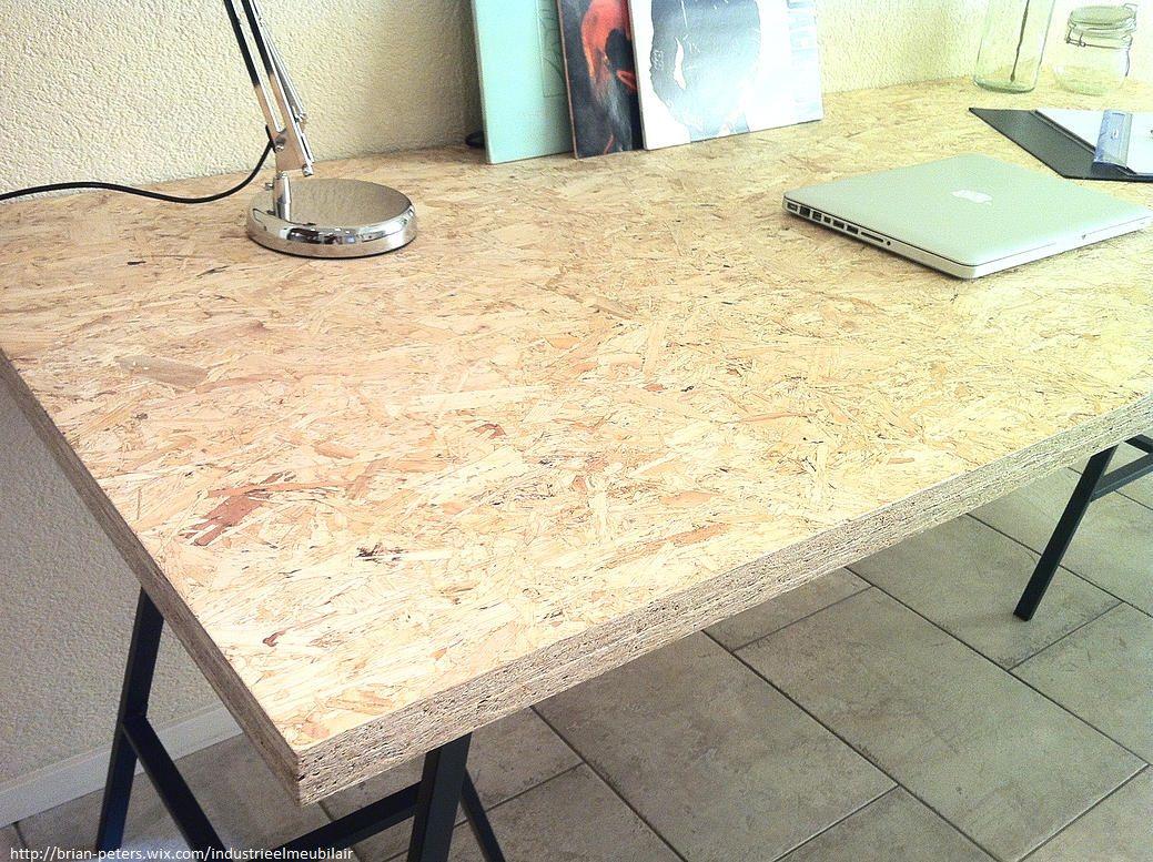 bureau met industri le look die tevens te gebruiken is als eettafel het tafelblad is bevestigd. Black Bedroom Furniture Sets. Home Design Ideas