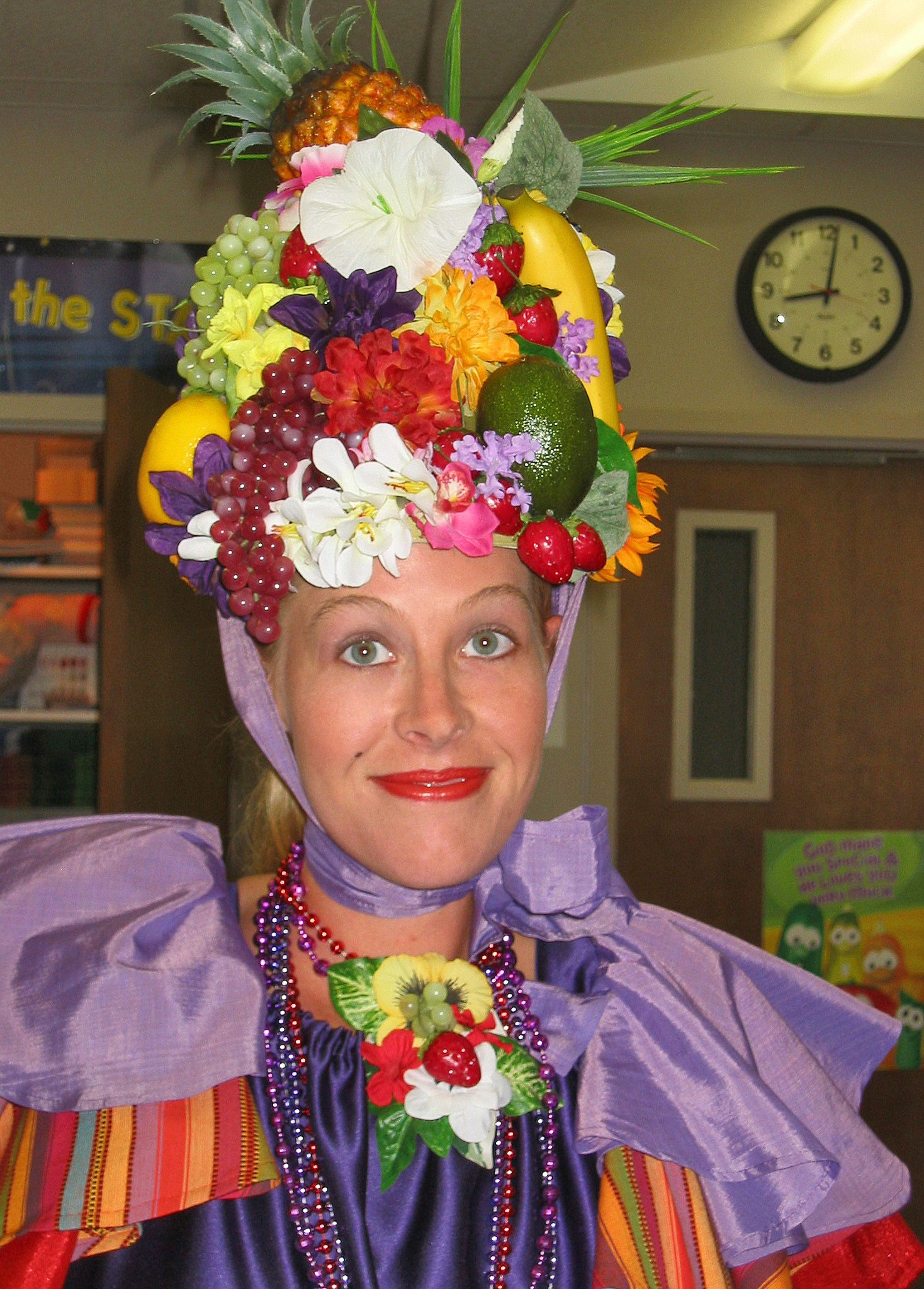 Carmen Miranda hat costume | Costumes | Pinterest | Carmen ...