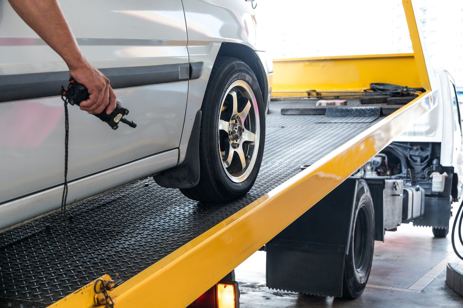 We Always Provide Absolutely Free Car Removal Service Junk Cars Tampa Never Uses Any Of The Hidden Storage And Towing Fees Tha Towing Service Calgary Vehicles