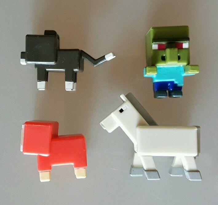 Minecraft Grass Series 1 Zombie Villager Mini Figure