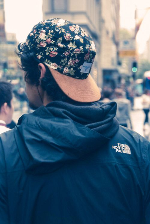 a443bee8c THE NORTH FACE × Floral Snapback #streetstyle #menswear | Him ...