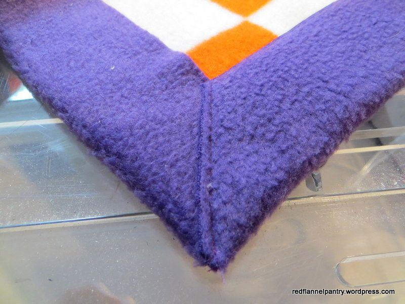 Fleece Blanket With Faux Blanket Binding Sewing Fleece