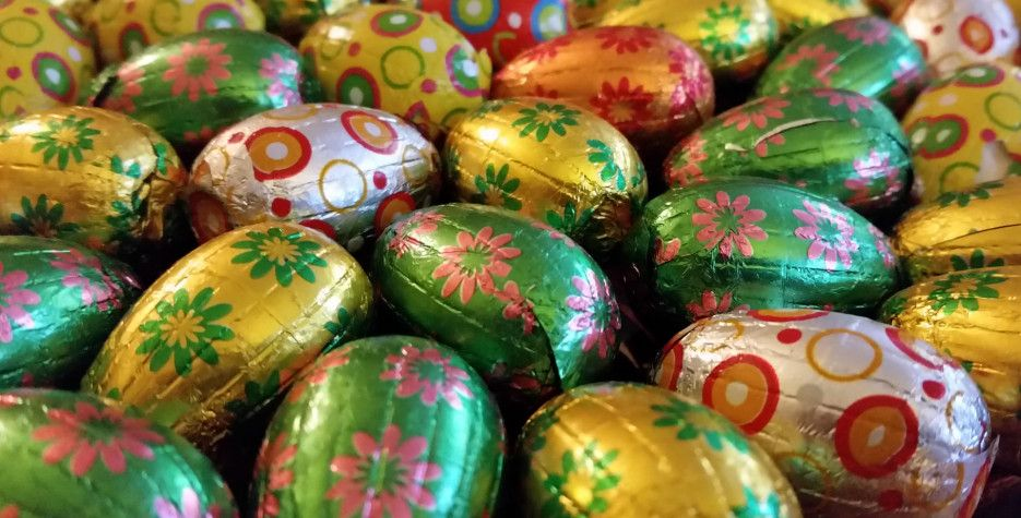 Easter Monday around the world in 2020 in 2020 Happy