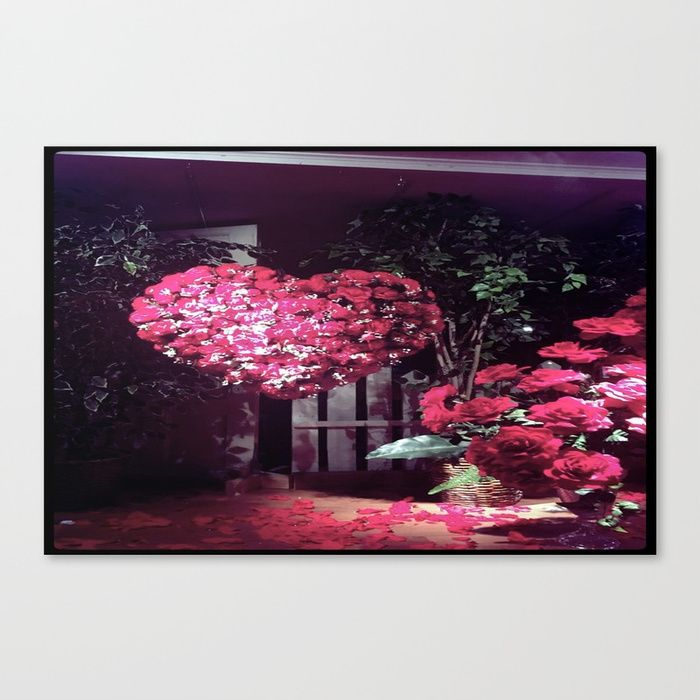 Frameless canvas prints are one of the most popular ways to display your favorite designs with edge to edge prints and a nice depth theyre great