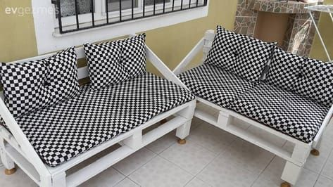Mehtap hanımın paletlerden yaptığı harika balkon takımı. #balkondeko