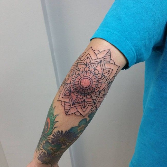 150 attractive elbow tattoos for men women 2017 for Mens elbow tattoo